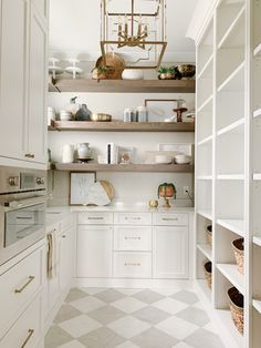 Kitchen Pantry Design, Prep Kitchen, Messy Kitchen, Kitchen Butlers Pantry, Microwave In Pantry, Kitchen Built Ins, Closed Kitchen, Kitchen Pantry Storage, Pantry Shelving