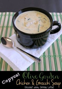 Copycat Olive Garden Chicken & Gnocchi Soup (+ Video) - Dessert Now, Dinner Later! Olive Garden Chicken Gnocchi, Chicken Gnocchi Soup, Chicken Broccoli, Baked Chicken, Copycat Recipes, Soup Recipes, Cooking Recipes, Chicken Recipes, Recipies