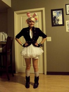 cute white rabbit costume :) - looks like Jill Foxy Costume, Cosplay Costumes, Halloween Costumes, Halloween 2013, Carnival Costumes, Disney Halloween, Halloween Ideas, Alice In Wonderland Makeup, Wonderland Costumes