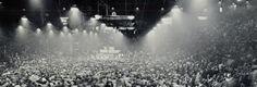 ¿Qué pasó un día como en la historia? Hoy se estaba celebrando el PRIMER gran concierto de rock de la historia. Esto es lo que pasó...