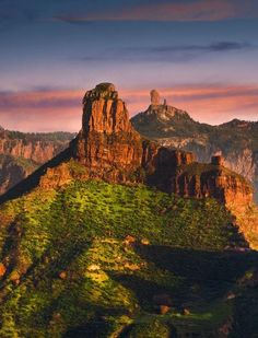 Roque Bentayga & Roque Nublo, Gran Canar Photo by Alastair Dixon — National Geographic Your Shot