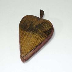 Rare Antique Mauchline Ware Bannockburn Oak Heart Pin Cushion Stirling Castle