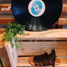 Filha única de dois pés❤️ - sandália feita à mão🍃 #lojaamei #muitoamor #sandália #handmade #carinho #pés #caminhada