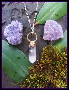Quartz necklace pendant gold dipped healing por dieselboutique