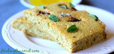 Learn how to make this delicious and healthy Paleo Focaccia Bread. It takes just 10 minutes of preparation time!