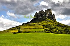 Download this photo of #Slovakia #Spish #castle for free and use it for your #blog, social network or commercial purpose. ----> http://viid.me/qQDXv4