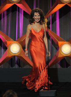 Susan lucci Susan Lucci, Beautiful Old Woman, Tv Awards, Fantasy Films, Ageless Beauty, Older Women, Tv Shows, Gowns, Actors