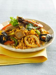 Paella, Jambalaya, Good Fats, Fish Dishes, Fish And Seafood, Bon Appetit, I Foods, Thai Red Curry, Healthy Recipes