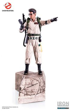 Collectible Figure - Egon Spengler The Genius - 11 Inches Art Scale Hand Painted Polystone Statue - from Ghostbusters 1984 Movie Collection Original Ghostbusters, Captain America, Statues, Spiderman, Batman, Harold Ramis, Statue Base, 1984 Movie, Character