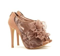 If I could walk in these...