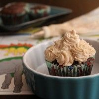 Snowed In: Brown Velvet Cupcakes and Creamy Not-Cheese Frosting - use the frosting for the pumpkin pucks!