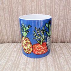 Caneca em porcelana imagem Cactus fundo azul