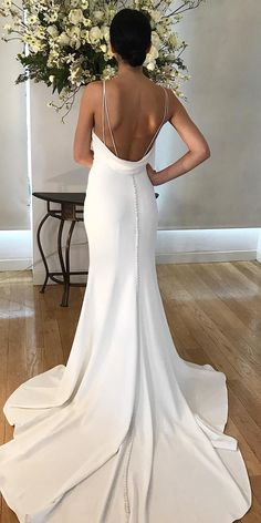Trumpet Wedding Dresses That Are Fancy And Romantic ★ See more: https://weddingdressesguide.com/trumpet-wedding-dresses/ #bridalgown #weddingdress