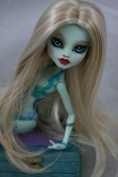 Monster High Frankiesteine OOAK Repaint Bubbles   eBay