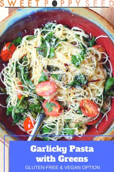 Garlicky Pasta with Greens. Garlicky Pasta with Greens is a veggie packed bowl of pasta that comforting and so easy to make. Pasta Recipes, Real Food Recipes, Vegetarian Recipes, Dinner Recipes, Healthy Recipes, Fall Recipes, Delicious Recipes, Yummy Yummy, Delish