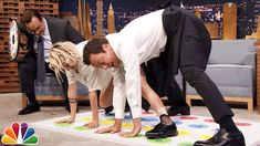 Jell-O Shot Twister with Kristen Stewart - YouTube