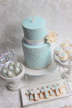 First Holy Communion Cake First Holy Communion Cake, First Communion Cakes, Cupcakes, Cupcake Cakes, Comunion Cakes, Cake Paris, Christening Cake Boy, Christening Cakes, Religious Cakes