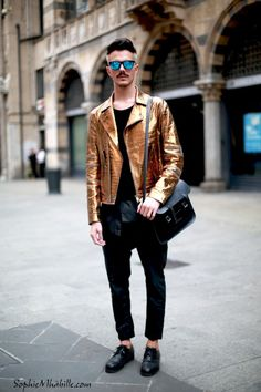 Simone Munari - Sophie Mhabille The Style Takes The Streets #2 http://losperrosnobailan.blogspot.com/2014/05/the-style-takes-streets-2.html?spref=tw #fashion #streetstyle #style