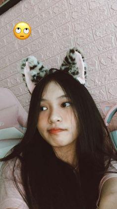 Korean Girl Photo, Cute Korean Girl, Ulzzang Korean Girl, Teen Girl Photography, Shadow Photography, Snap Girls, Cute Girls, Beautiful Girl Makeup, Cute Selfie Ideas