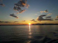 ηλιοβασίλεμα στη Θεσσαλονίκη #greece # thessaloniki. اليونان