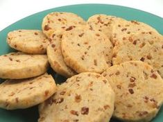 Yes, Cheddar Bacon Cookies. Now, before you ask, no this is not a sweet cookie. It is a savoury cookie perfect for appetizers for serving with a salad or soup. These cookies ar (Savory Muffin Base) Savoury Biscuits, Savory Muffins, Savory Snacks, Cheddar Biscuits, Bacon Cookies, Sweet Cookies, Cookies Et Biscuits, Appetizer Sandwiches, Appetizer Recipes