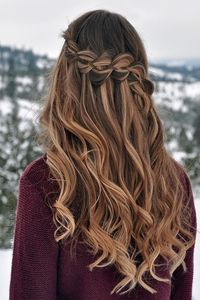25 Best Christmas Hairstyles Ideas for Wavy Hair Party Hairstyles For Long Hair, Christmas Party Hairstyles, Ball Hairstyles, Homecoming Hairstyles, Braids For Long Hair, Wavy Hair, Braided Hairstyles, Hair For Party, Birthday Hairstyles