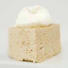 Root Beer Marshmallows -  I really need to suck it up and give homemade marshmallows a try, messy or not.