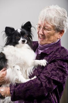 Tip: When visiting a loved one with moderate-stage dementia, try using a 'prop' -- a focal point for attention and conversation -- to break the ice and create a warm visit. Here are some suggestions: http://www.caring.com/articles/props-make-dementia-visits-brighter