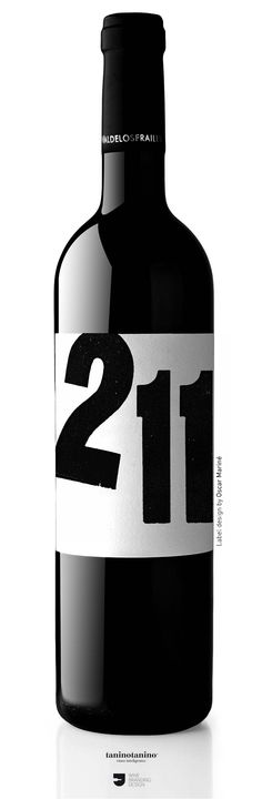 DILAB 211 Matarromera - 12 Labels - 12 Designer. Valdelosfrailes Vendimia Seleccionada 2005. D.O. Cigales. Tempranillo 100%. Spain. #taninotanino #vinosmaximum Wine Label Design, Bottle Design, Alphabet City, Beverage Packaging, Wine Labels, Wine Time, Wine And Spirits, Wine Drinks, Vodka Bottle