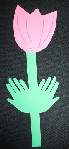 Classroom Freebies: A Peek-A-Boo tulip for you