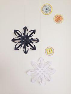 D.I.Y kerstster vouwen - Christmas Diy, Diys, Recycling, Diy Crafts, Flowers, Blog, Decor, Craft Ideas, School