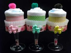 Diaper Cupcakes(Can also use face cloths,onesies,receiving blankets etc.) for a Baby Shower -️Stylish Eve Baby Shower Crafts, Baby Crafts, Baby Shower Parties, Shower Gifts, Baby Showers, Shower Favors, Diaper Cupcakes, Baby Shower Cupcakes, Shower Cake