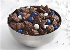 Chocolate Mint Chex Mix....MUST try this!