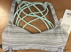 http://www.anrdoezrs.net/links/7680158/type/dlg/http://shop.lululemon.com/products/clothes-accessories/bras-light-support/Free-To-Be-Bra-Wild?cc=0002&sli=1