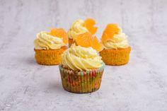 Orangen-Karotten-Cupcakes Muffins, Desserts, Food, Carrots, Baked Goods, Food Food, Orange Cupcakes, Cake Cookies, Recipes