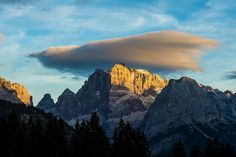 Dolomites of the Brenta group, Trentino-Alto Adige, Italy. [photo by Paolo Bisti - Luconi]