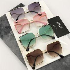 """1,733 Beğenme, 13 Yorum - Instagram'da Gözlük Aksesuar Güneş Gözlüğü (@kapincom): """"www.kap-in.com 'da satışta ! 70 TL Ücretsiz Kargo Kredi Kartına Taksit İmkanı İade ve Değişim…"""""""
