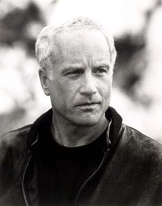 Richard Dreyfuss Mr Hollands Opus, the Goodbye Girl,close encounters Famous Men, Famous Faces, Famous People, The Goodbye Girl, People With Bipolar Disorder, Close Encounters, New York, Hollywood Stars, Hollywood Men