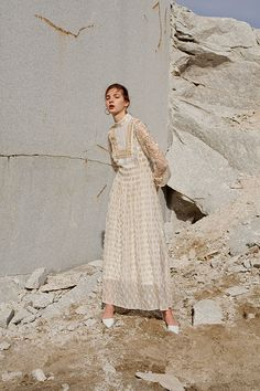 Fall Inspiration: Mame - Blue is in Fashion this Year Covet Fashion, Fashion Brand, Runway Fashion, Fashion Images, Fashion Art, Fashion Design, Looks Street Style, Mademoiselle, Vestidos