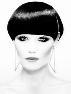 Hair: Akin Konizi @ HOB Salons Photography: Jenny Hands Make-up: Mary Jane Frost Stylist: Kate Ruth Short Wedge Hairstyles, Short Hair Styles, Popular Hairstyles, Cool Hairstyles, Thick Bangs, Fitness Tattoos, Bowl Cut, Cut And Style, White Style