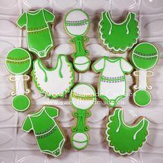Super sweet baby shower set. #sweethandmadecookies #customcookies #decoratedcookies #designercookies #cookies #bradfordontariocookies #babyshowercookies #babyshower #onesiecookies #bibcookies #rattlecookies