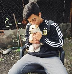 Que bonitp in 2020 Joshua Anthony Brand, Beautiful Smile, Cute Guys, Future Husband, Memes, Pugs, Envy, Life Is Good, Bff
