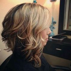 21 Stacked Bob Hairstyles You'll Want to Copy Now Stacked medium curly bob hairstyle for thick hair Asymmetrical Bob Haircuts, Cute Hairstyles For Medium Hair, Bob Hairstyles For Thick, 2015 Hairstyles, Asymmetric Bob, Stacked Hairstyles, Layered Haircuts, Hairstyle Short, Short Haircut