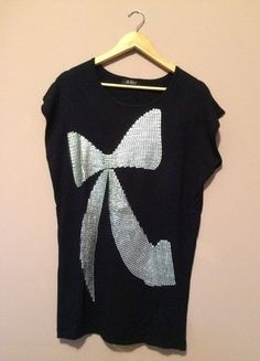 À vendre sur #vintedfrance ! http://www.vinted.fr/mode-femmes/autres-pull-overs-and-sweat-shirts/30183920-pull-a-sequins-bleu-marine-universel