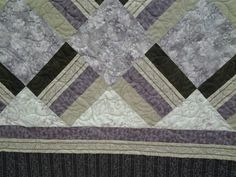 Quilted4You: Absolutely beautiful king size quilt by Mary Jo #quilting #longarm