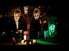 Outdoor Halloween Lights for a extra spooky Halloween