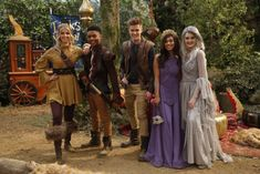 Nickelodeon UK to Premiere Knight Squad Halloween Special Fright Knight on Monday October 2018 Knight Squad, Nickelodeon Shows, Cosplay, Halloween, October, Stars, Drawings, Halloween Labels, Comic Con Cosplay