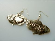 I ♥ music    http://vehadesign.sk/product.php?id_product=341