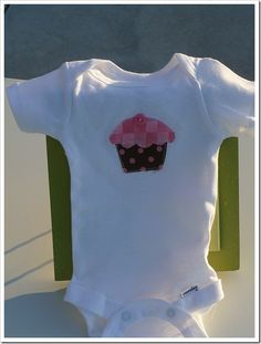 DIY applique onesies (@Melissa Hiskes check out these ideas!)