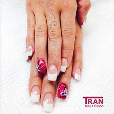 Bloomy power #trannails #nageldesign #nagelstudioerbach #nailart #wallofnails #gel #manicure